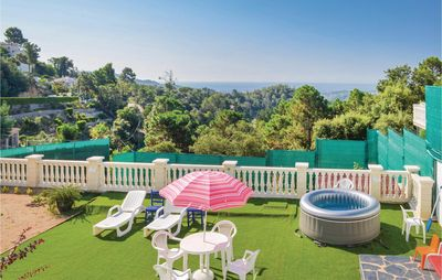 Photo for 3 room accommodation in Lloret Blau