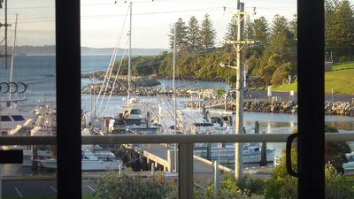 Photo for VISTA MARINA 7: 7/66 Lamont Street- Central location, Great views.