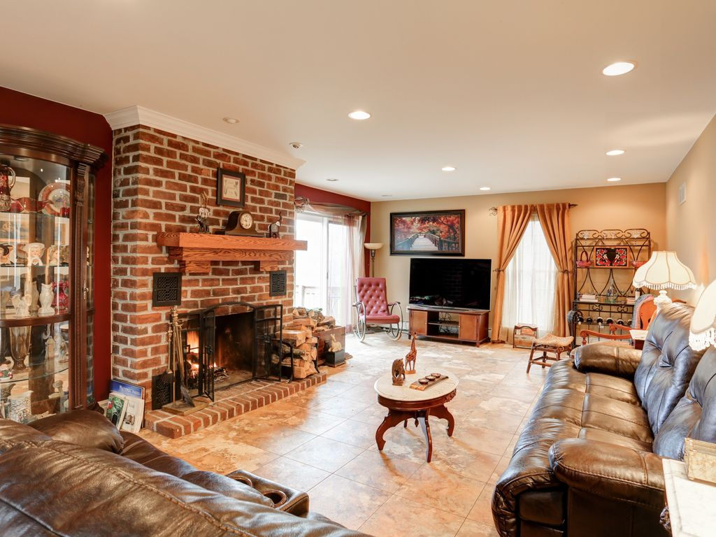 Gettysburg, Lancaster  Hershey Featuring Fireplace, Hot Tub