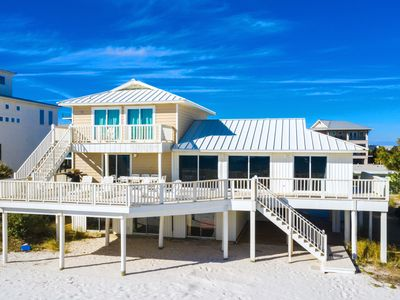 Photo for Gulf Front Family-Friendly Home with spacious decking and stunning views.