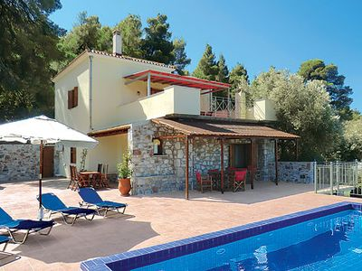 Photo for Stone villa surrounded by olive groves w/pool + terrace, 15 min drive to seaside town