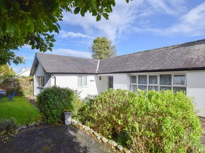 Photo for Located on a quiet lane on the outskirts of Pwllheli, this detached 'cottage style' property is with