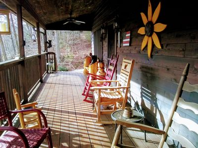 Photo for MAY SPECIAL $115nt Beautiful 2 bedroom 2 bath cabin, Sleeps 6, in The Smoky Mtns