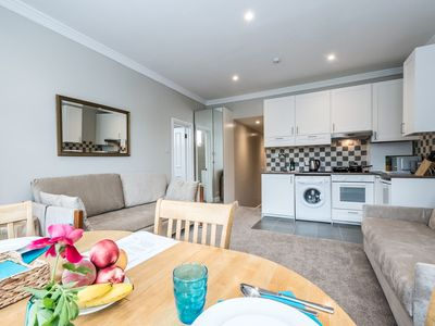 Photo for Beautiful 1 BR on Willesden Green