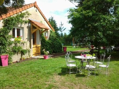 Photo for Gite Moulins, 2 bedrooms, 5 persons