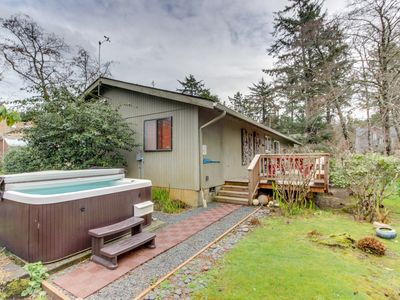 Photo for Dog-friendly cottage with private hot tub, deck, berry bushes, & beach access!