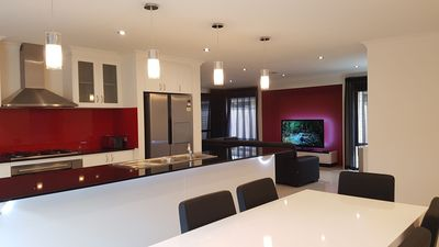 Photo for Rainbow JOY HOUSE LUXURY PERTH + WIFI UNLIMITED