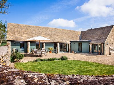 Photo for Clover Barn, Kemble Farm, Cirencester, Cotswolds