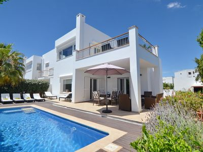 Photo for Luxury villa with pool near the Marina. Luxurious house with pool near the port