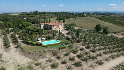 Photo for - Top Location - Villa in San Gimignano, Top View, 4 DBL En-Suite, Pool, A. C, WiFi
