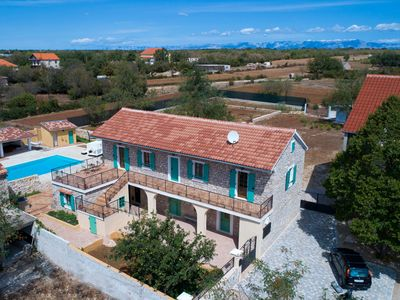 Photo for Beautiful villa near Biograd na Moru with swimming pool, jacuzzi, sauna and tennis court