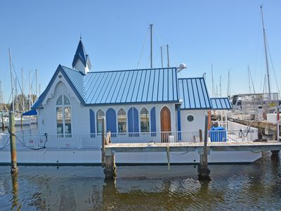 Photo for Waterfront floating home at a marina with pool, jacuzzi, two restaurants & more