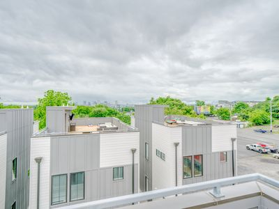 Photo for Relax in music city oasis 3BR/3.5BA Amazing Rooftop with Nashville skyline view