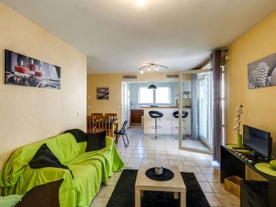 Photo for COSY & COMFORTABLE 69 SQM APARTMENT