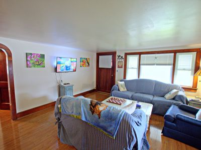 Photo for Center of the Island!  Clean, Cozy, Convenient To Chincoteague's Charms.