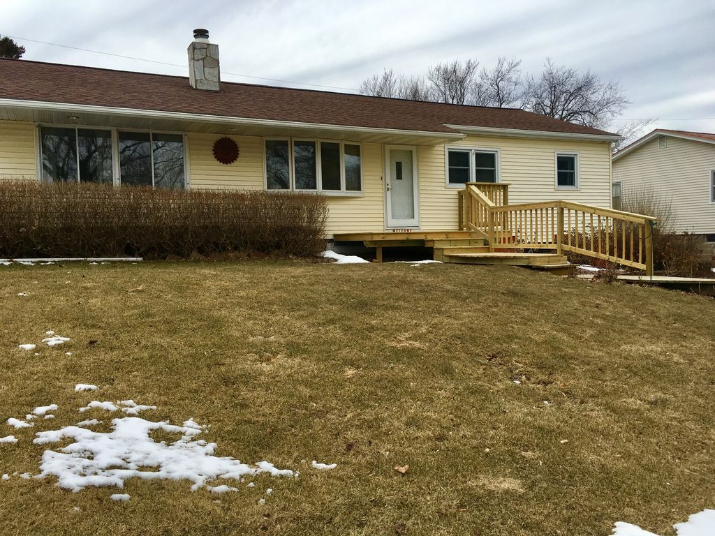 Beautiful Viroqua Home In The Heart Of Homeaway Average Cost Rewiring A 4 Bed House Driftless Area