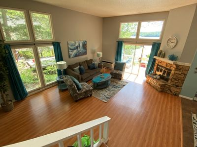 Photo for 4 Bedroom Lakeview home