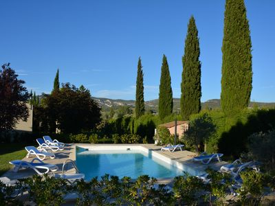 Photo for 2 cottages for 2/4 people with large pool, overlooking the Luberon