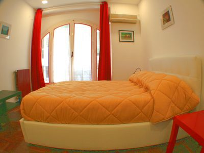 Photo for Politeamapart: Large, prestigious, central apartment 6 beds.
