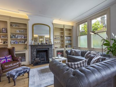 Photo for Pretty in Kew Gardens - Four Bedroom Apartment, Sleeps 7