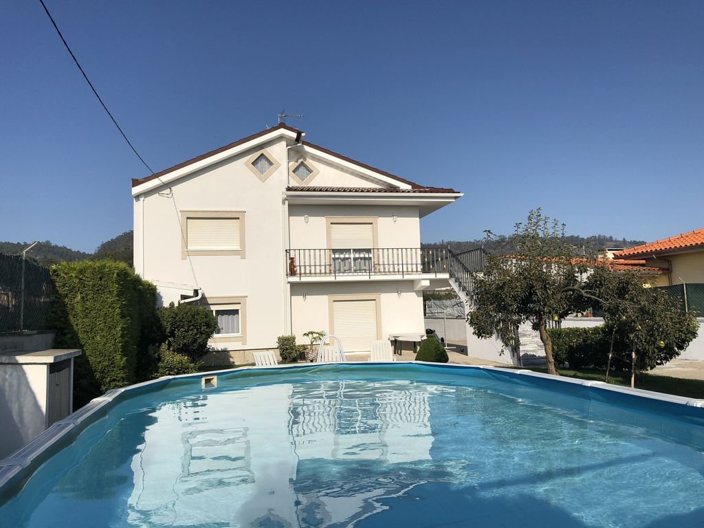 Piscine Hors Sol Portugal house with swimming pool in the minho sleeps 6, 12 or 18 persons - marinhas