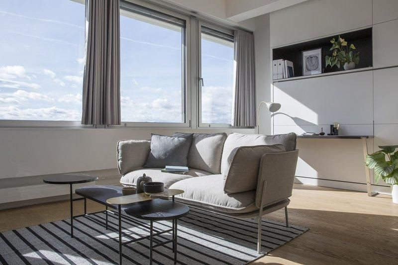 Superior Pet-Friendly Suite in Vienna w/ Free WiFi, Parking & Cocktail Lounge