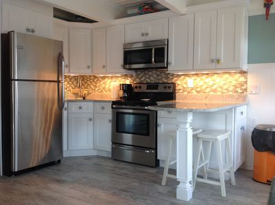 WINTER RENTAL! FULLY FURNISHED! ADORABLE CONDO