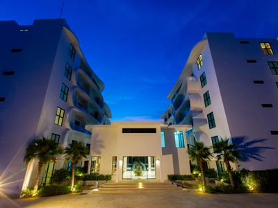 Photo for 1BR, TRE, 2.4km 6 min drive to Naiharn Beach