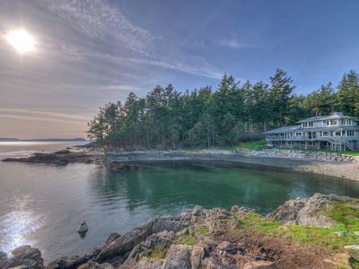 Photo for STUNNING WATERFRONT HOME WITH PRIVATE BEACH AND COVE!