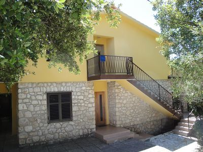Photo for Apartment in the center of the Starigrad-Paklenica only 80 meters from the sea