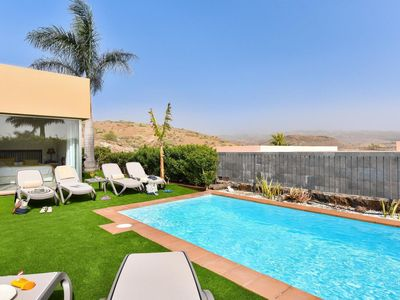 Photo for Lovely apartment for 6 guests with WIFI, A/C, private pool, TV, pets allowed and parking