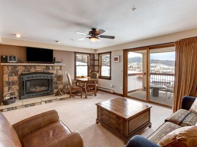 Photo for Comfortable family home w/ stunning views & shared pool/hot tub - walk to lifts!