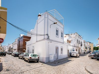 Photo for 3 bedroom Villa, sleeps 5 with Air Con and FREE WiFi