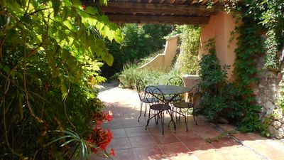 Photo for Superb renovated apartment in lower villa with private garden