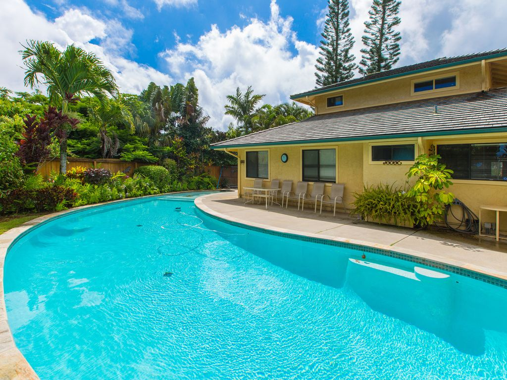 2 Bedroom House Wprivate Pool Call Now Or Email For Fast Custom