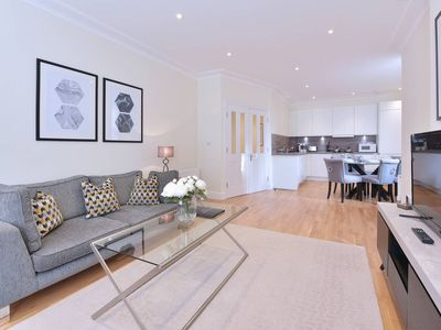 Photo for Modern Three Bedroom Apartment in Hammersmith -29
