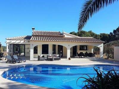 Photo for WOW VILLA! Exclusive location within minutes of beach, bars & restaurants, WiFi