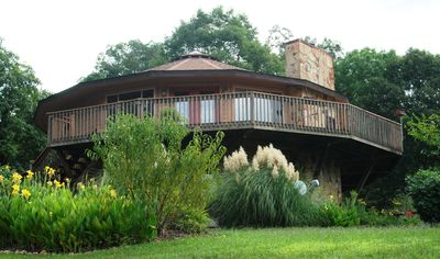 Photo for Serenity Cove Quite Peaceful Retreat in Beautiful Rolling Hills Room A