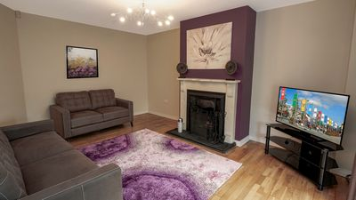 Photo for SPACIOUS 4 bedroom family home. FREE Parking. Next to Galway Racecourse, Galway Clinic.