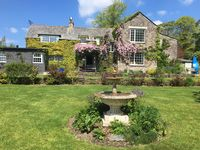 Warm welcoming house with lovely garden and location.