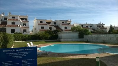 Photo for 2 bedroom, 2 bathroom apartment with shared pool, short walk to Alvor and beach