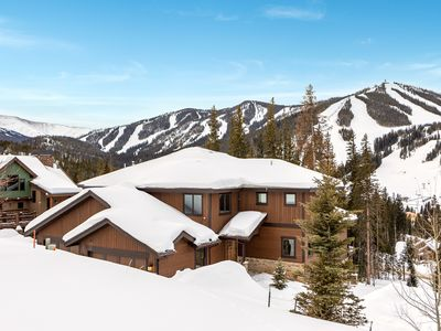 Photo for Private 2-Unit Mountain Lodge w/2 Hot Tubs - 2 Minutes to Winter Park  Resort