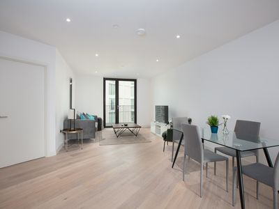 Photo for New Stunning Two Bedroom Apartment In Docklands