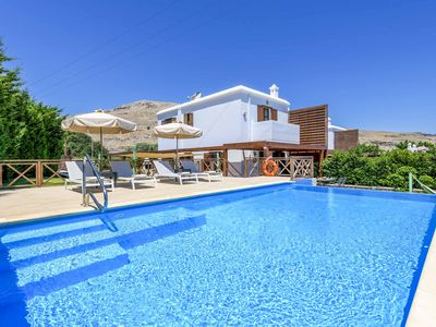 Photo for Lindos Emerald - villa with pool, air-con, wi-fi & ping-pong in a great location