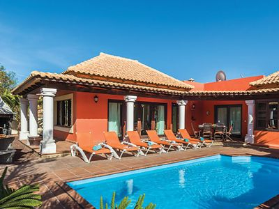 Photo for Modern Villa w/pool & BBQ, 10 minutes drive from amenities & the beach