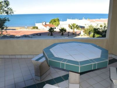 Photo for Two Bedroom Beauty Overlooking Beach Casa Don