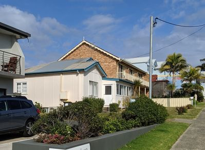 Original beach cottage in the heart of Mollymook Beach