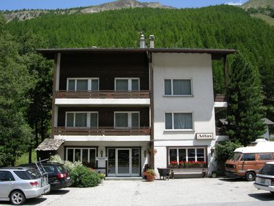 Photo for Beautiful apartment with mountain views, sunny, a few minutes to the base station