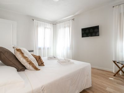Photo for Room 3 - Grifoni Boutique Hotel - Rent for rooms for 2 people in Venecia
