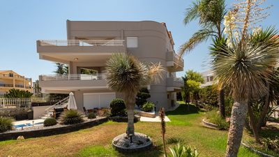 Photo for Villa Thalassa An exquisite villa on beachfront